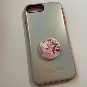 Iphone 7/8 plus Otter Box case with pop socket